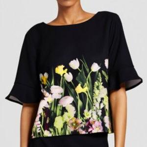 Victoria Beckham Target floral bell sleeve top Lg